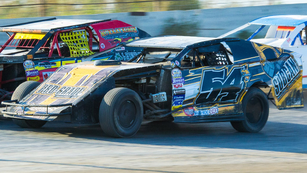 Brodie Dobson - WISSOTA Midwest Modified Sun feature winner (photos by Val Pismenny Catellier)