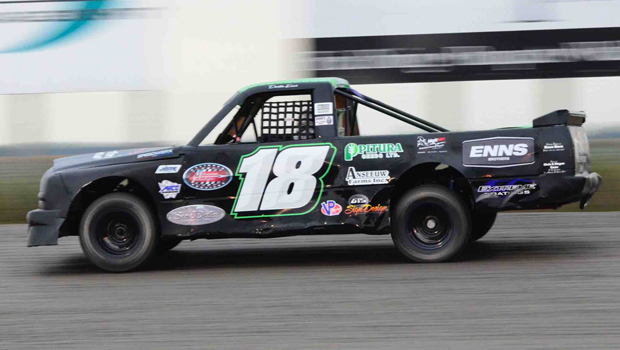 Jeff Rempel - Northern Super Truck feature winner (Photos by Kaz Grafix)